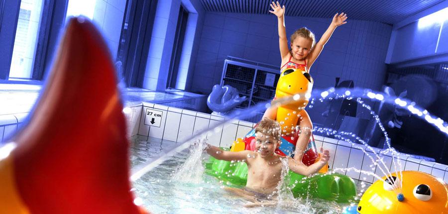 finland_lapland_levi_levitunturi-spa-hotel_kids-pool.jpg